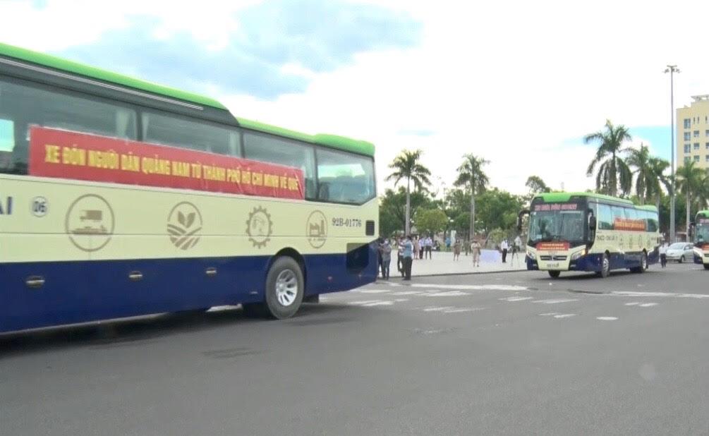 Đoàn xe bắt đầu xuất phát tại TP Tam Kỳ, Quảng Nam
