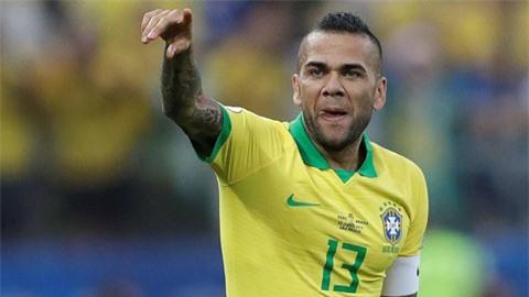 Dani Alves, người cận vệ lão luyện của U23 Brazil