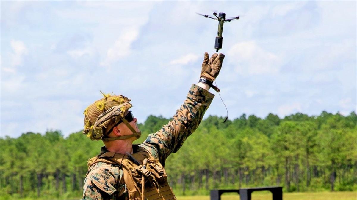 Drone40 hứa hẹn thay đổi phương thức tác chiến trong tương lai. Nguồn: thedrive.com