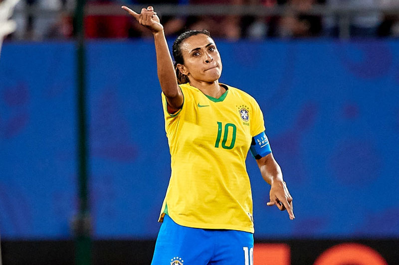 7. Marta Vieira da Silva: 400.000 USD/năm.