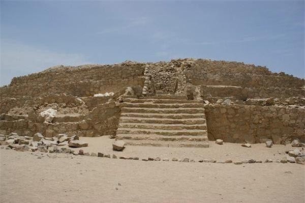 Sau tiếng nổ bất ngờ, kho báu lớn thứ 8 thế giới lộ ra: Nhà khảo cổ hối hận khi nhìn bên trong - Ảnh 1.
