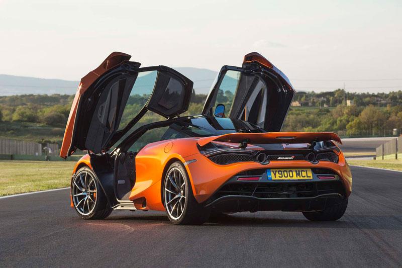 10. McLaren 650S.