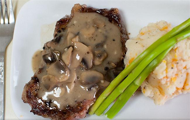 Công thức sốt thịt bò ngon như nhà hàng