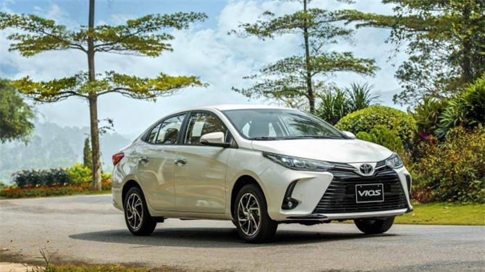 Giảm sâu kỷ lục, lăn bánh Toyota Vios chưa tới 500 triệu đồng 1