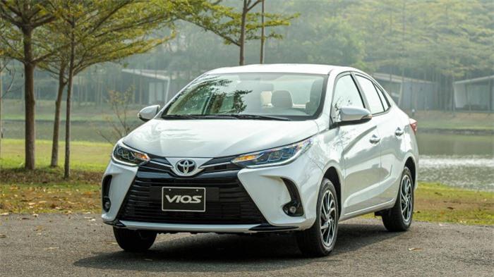 Giảm sâu kỷ lục, lăn bánh Toyota Vios chưa tới 500 triệu đồng 2
