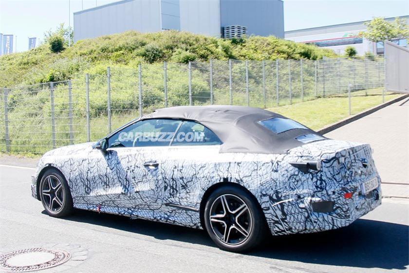 Mercedes-Benz CLE-Class hoàn toàn mới lộ diện - Ảnh 2.