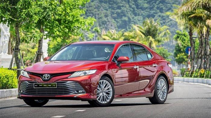 Giá xe Toyota Camry tháng 7/2021: Giảm 25 triệu đồng 1