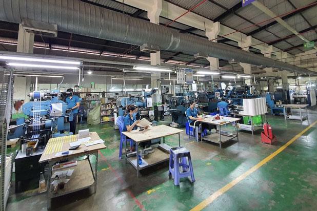Doanh nghiệp Thành phố Hồ Chi Minh sản xuất giãn cách trong mùa dịch bệnh.