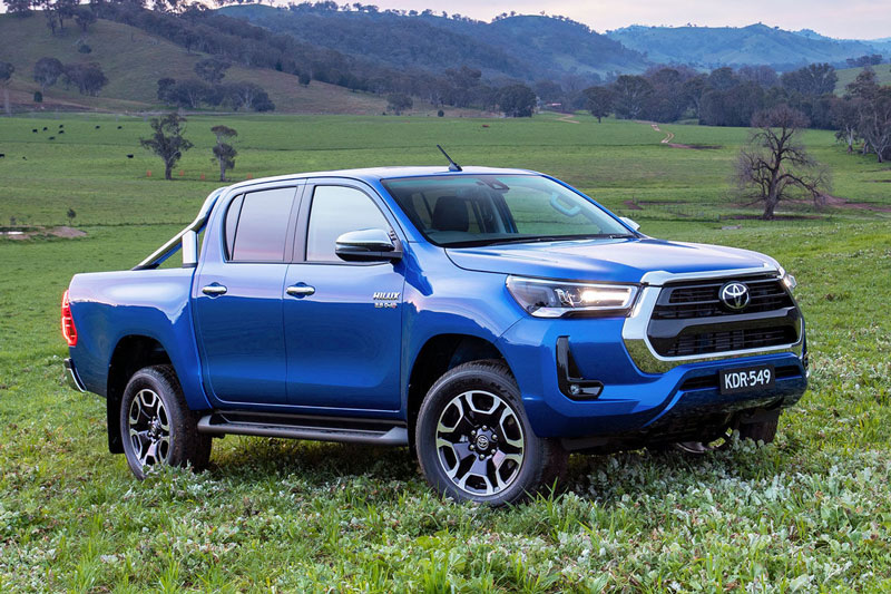 5. Toyota Hilux 2021 (giá khởi điểm: 23.590 USD).