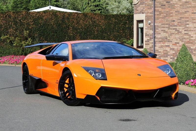 =6. Lamborghini Murcielago SV (661 mã lực). Murcielago SV dùng động cơ V12 6,5 lít với công suất 661 mã lực, mô-men xoắn 660 Nm.