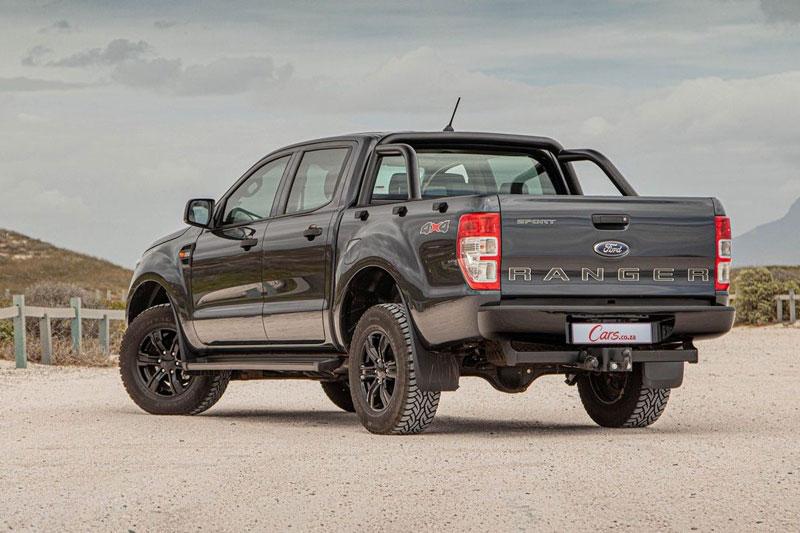9. Ford Ranger 2021 (giá khởi điểm: 24.820 USD).