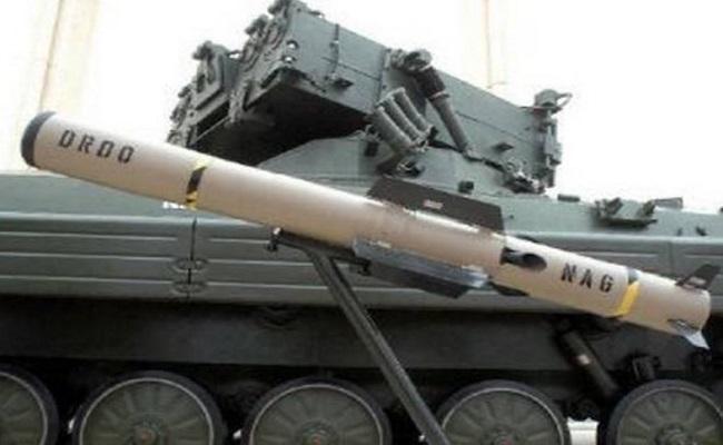 Một bộ vi xử lý hình ảnh theo thời gian thực kết hợp với thuật toán tác chiến nhanh được cài đặt bên cạnh hệ thống dẫn đường cho phép tên lửa tự động phát hiện và theo dõi mục tiêu. Hệ thống lái tự động tạo điều kiện cho nó ổn định trong suốt quá trình bay. Ngoài ra, NAG cũng được trang bị một hệ thống điện tử dẫn động để điều khiển tên lửa bay đúng hướng và đạt tốc độ bay 828km, tấm bắn từ 4 đến 7km. (Thanh Hà).