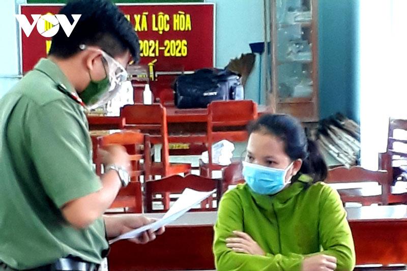 Vĩnh Long xử lý người đăng tin sai về dịch COVID-19 trên Faceboook