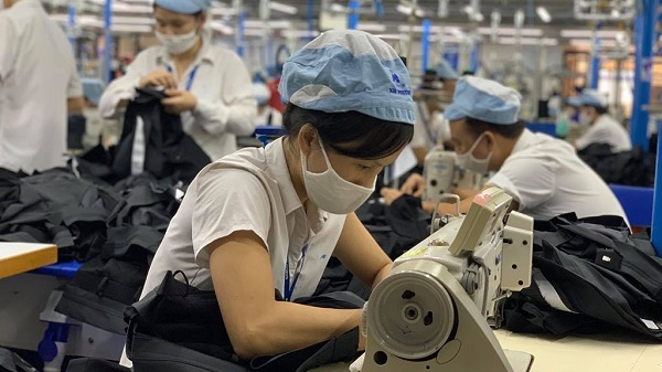 Tính đến 24/7: Đã có 52.000 người bị tạm ngừng việc không lương, tỷ lệ thất nghiệp đã tới mức 2,52%.