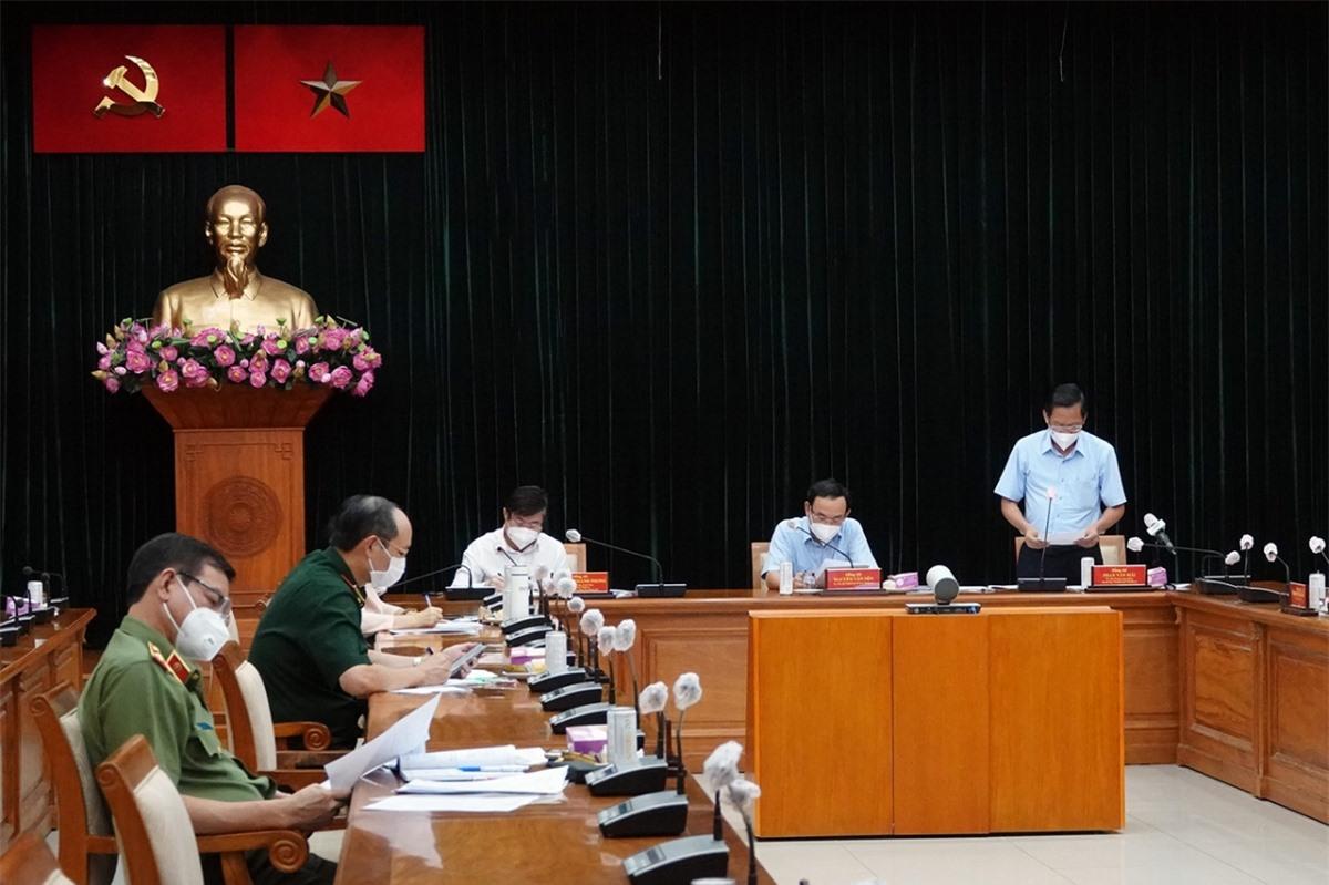 Chủ tịch TP.HCM Nguyễn Thành Phong phát biểu. Nguồn: Hà An