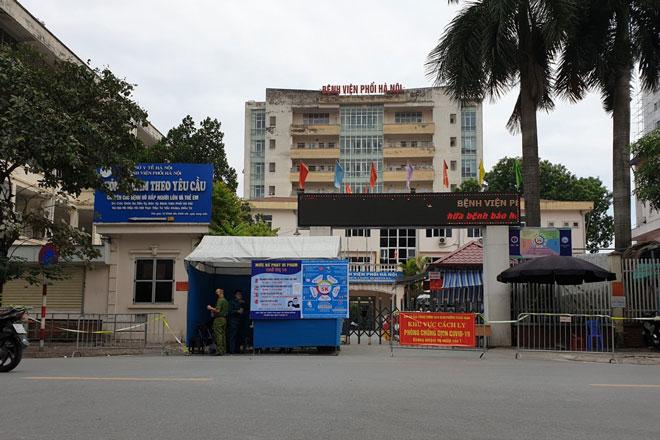 Cách ly toàn Bệnh viện Phổi Hà Nội, sau khi phát hiện 29 ca dương tính