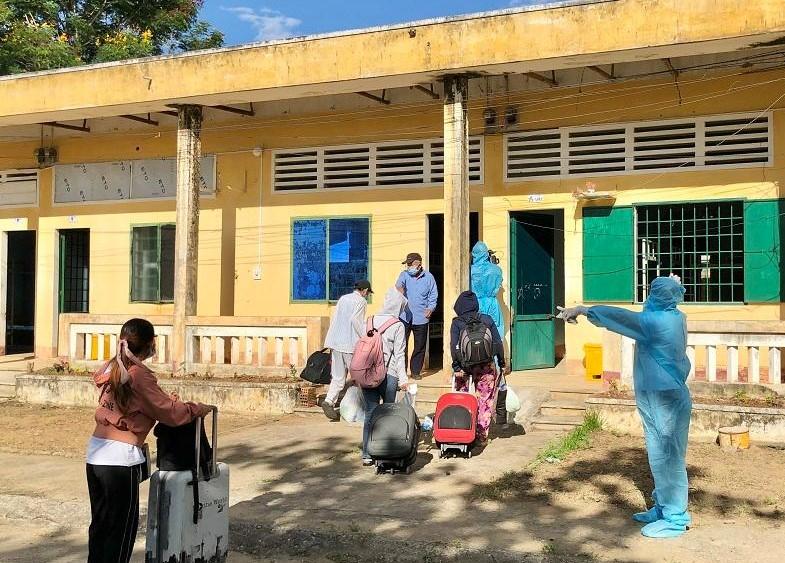 hướng dẫn người dân nhận phòng sinh hoạt phục vụ cách y y tế trong 14 ngày