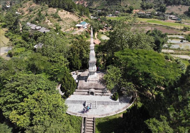 Di tích tháp Mường Và, xã Mường Và, huyện Sốp Cộp, tỉnh Sơn La. Ảnh: Nguyễn Cường/TTXVN