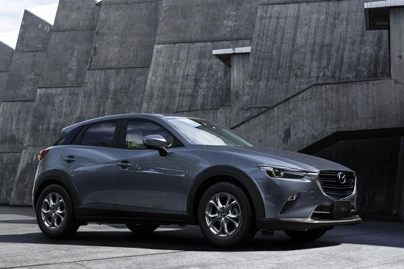 2. Mazda CX-3 2021 (giá khởi điểm: 21.965 USD).
