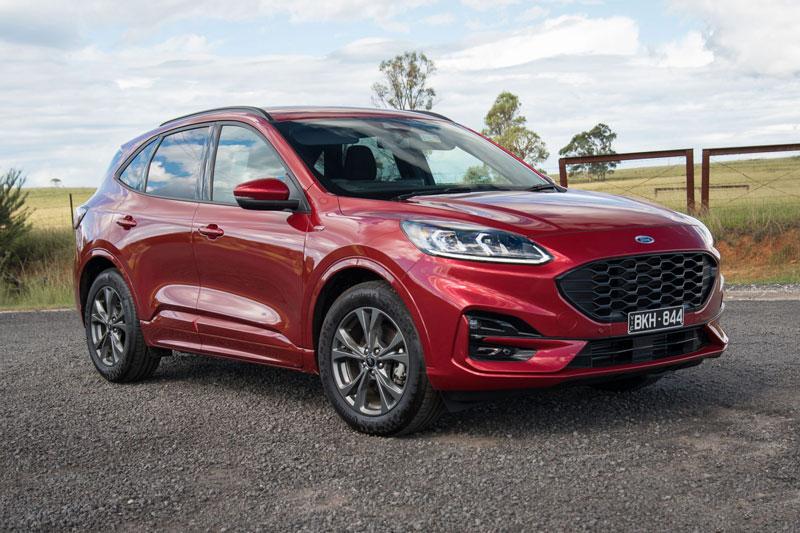 8. Ford Escape 2021 (giá khởi điểm: 26.800 USD).
