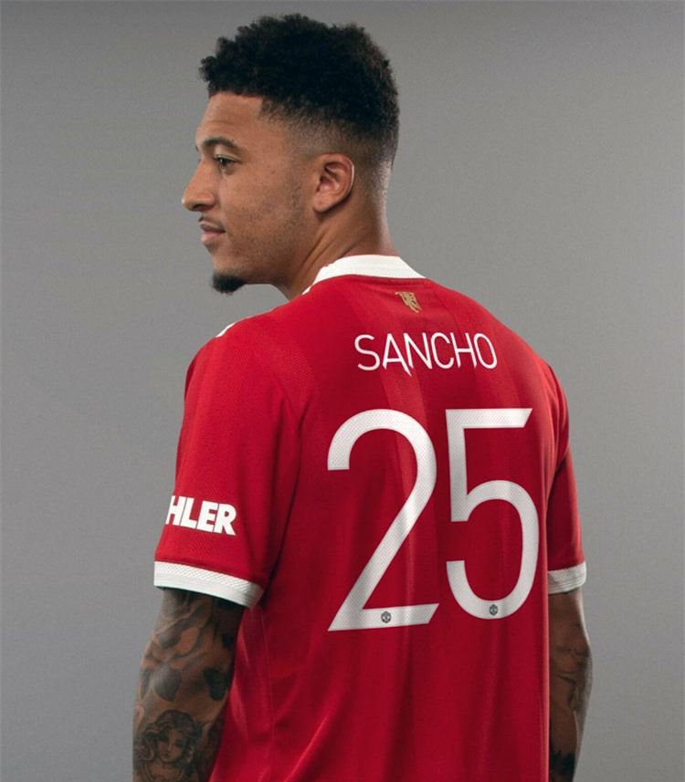 Sancho nhận số 25 ở Man United