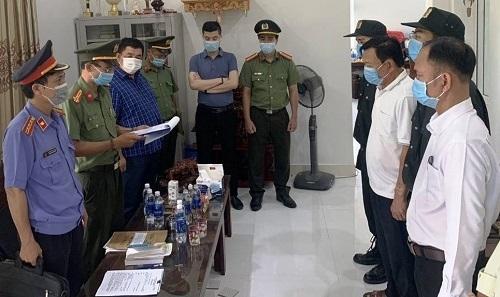 Bắt tạm giam nguyên Giám đốc, Phó Giám đốc Cảng hàng không quốc tế Phú Bài
