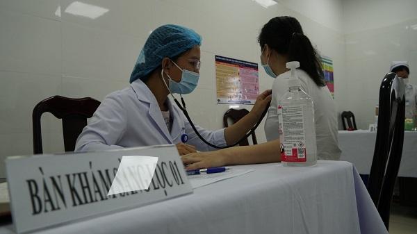 Cần Thơ: Tiếp nhận hơn 84.000 liều vaccine phòng COVID-19 trong đợt 3