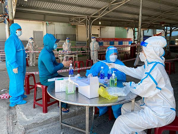 Đà Nẵng: Ngày 28/7 phát hiện 10 ca dương tính trong cộng đồng, chủ yếu liên quan các chợ