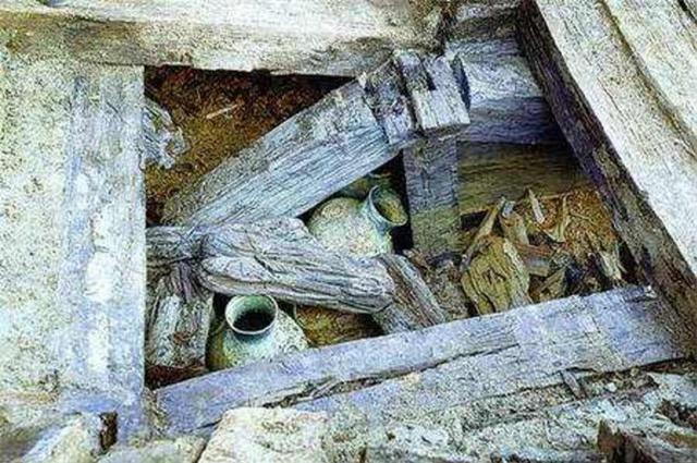 Mộ cổ hoàng gia được tìm thấy hơn 10 năm nhưng không 1 ai dám đụng: Chuyên gia chắp tay Chỉ mong có kẻ tới ăn trộm! - Ảnh 1.
