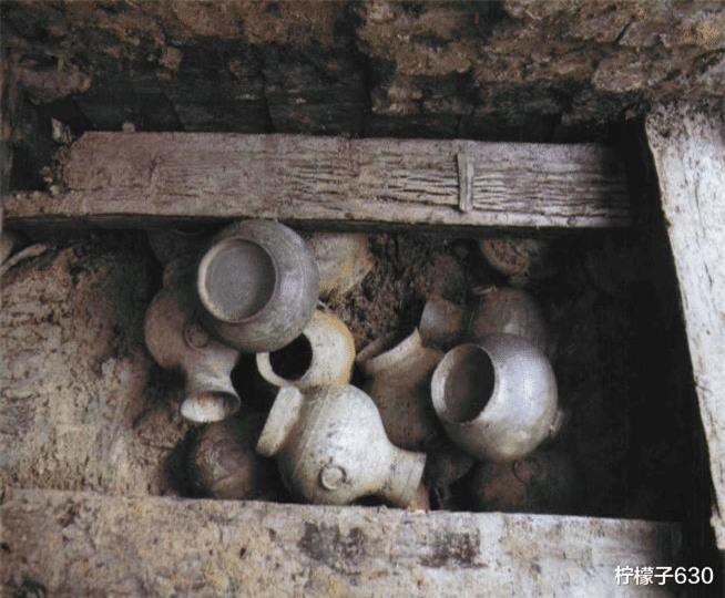 Mộ cổ hoàng gia được tìm thấy hơn 10 năm nhưng không 1 ai dám đụng: Chuyên gia chắp tay Chỉ mong có kẻ tới ăn trộm! - Ảnh 3.