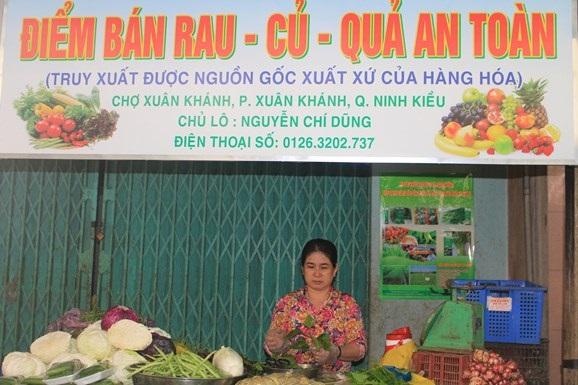 Xúc tiến mở các điểm bán nông sản cho người dân ( ảnh báo QĐND)