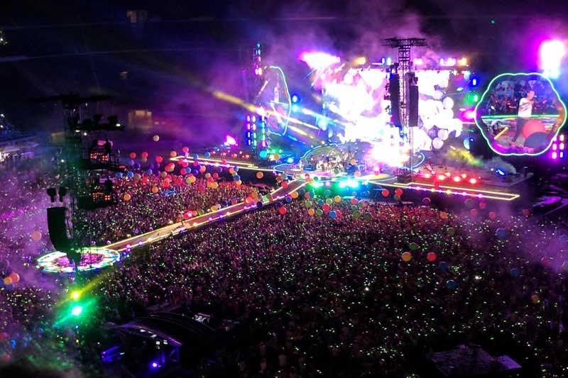 5. A Head Full of Dreams Tour (Coldplay) - Doanh thu: 523.033.675 USD.