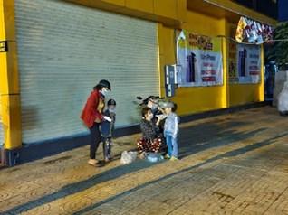 An Giang: Công an gọi phà giúp dân trong đêm để về quê sau cách ly