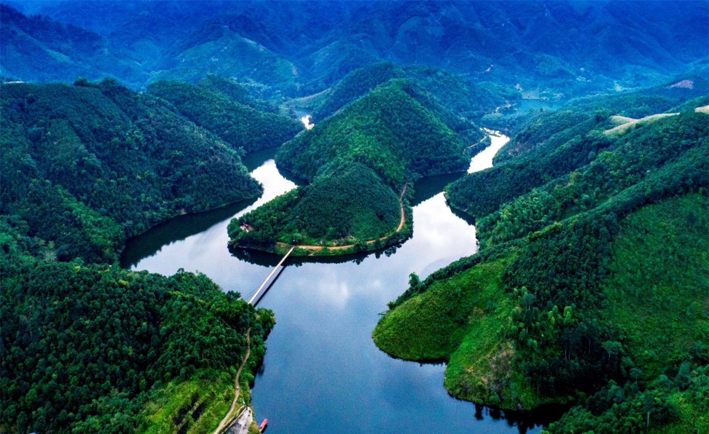 """Hồ Ly - """"Tuyệt tình cốc"""" của vùng đất Tổ"""
