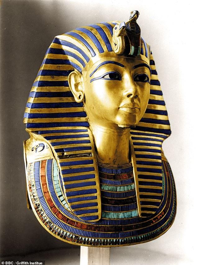 """Tái hiện khuôn mặt pharaoh Ai Cập từ bộ hài cốt, các nhà khoa khọc khiến thế giới """"ngả nghiêng"""" vì dung mạo như """"nam thần"""" của vua - Ảnh 7."""