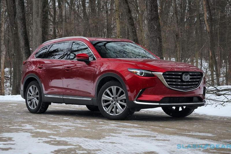 10. Mazda CX-9 2021 (giá khởi điểm: 36.060 USD, điểm tổng thể: 8,4/10).