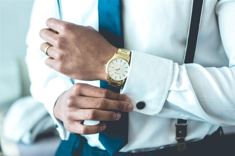 Nghiên cứu tâm lý học kết luận: Có sở thích đeo đồng hồ là người không tầm thường, tại sao?  - Ảnh 1.