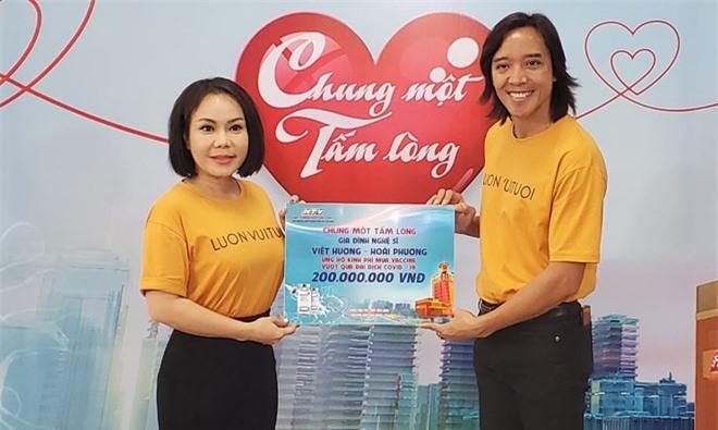 Việt Hương thách antifan ủng hộ 5 tấn gạo thì sẽ thực hiện lời hứa danh dự này! - Ảnh 2.