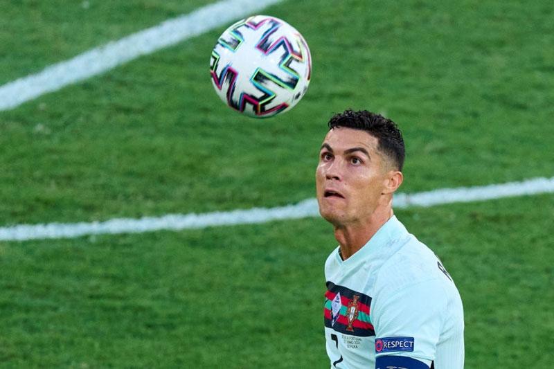 Man City tính gây sốc với ý định mua Ronaldo - mega 655