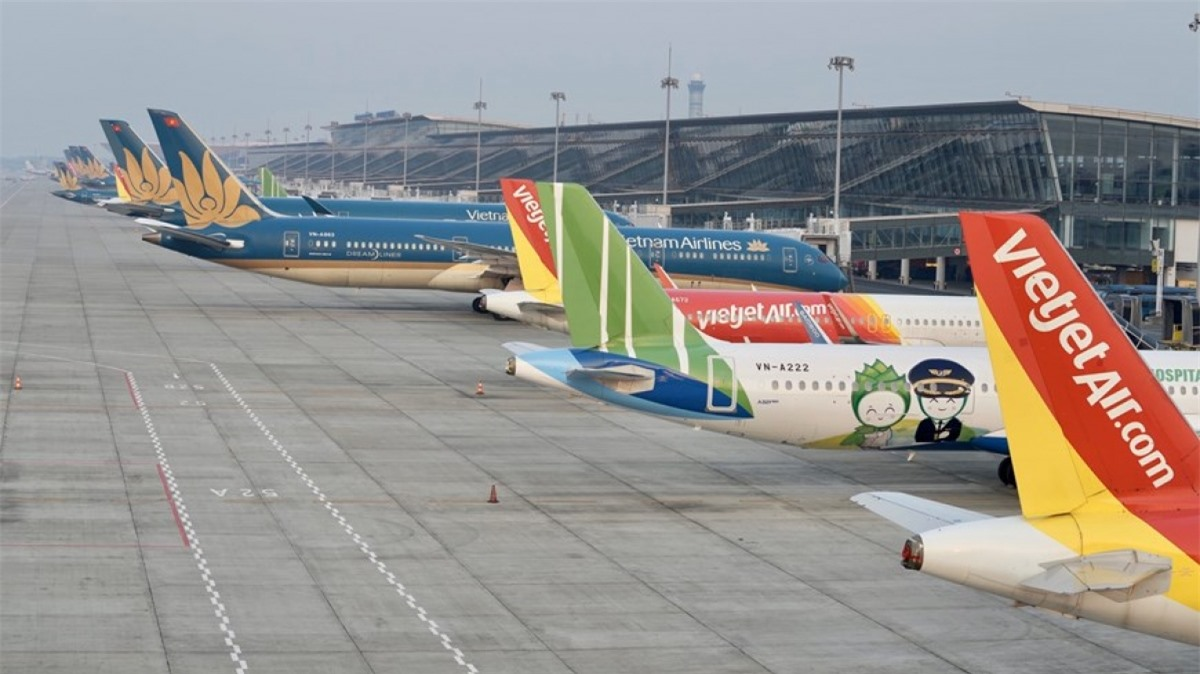 Máy bay các hãng hàng không tại sân bay Nội Bài.