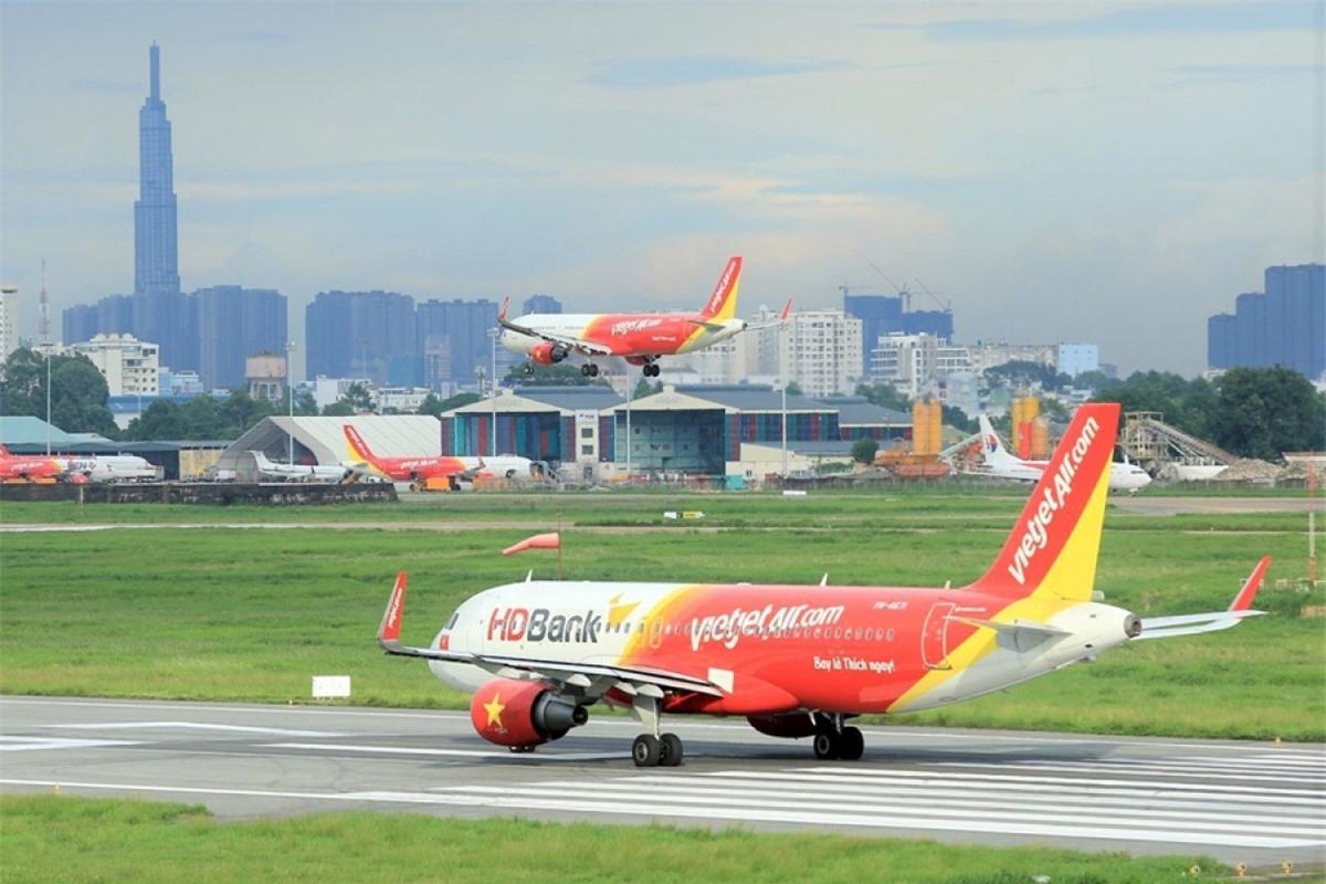 Thời gian qua, hàng không tư nhân đang tạo ra cạnh tranh bình đẳng, người dân hưởng lợi.