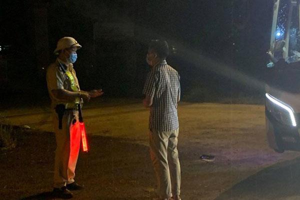 Chở 15 người từ Bình Dương về Đắk Lắk, xe khách bị phạt 13,5 triệu đồng