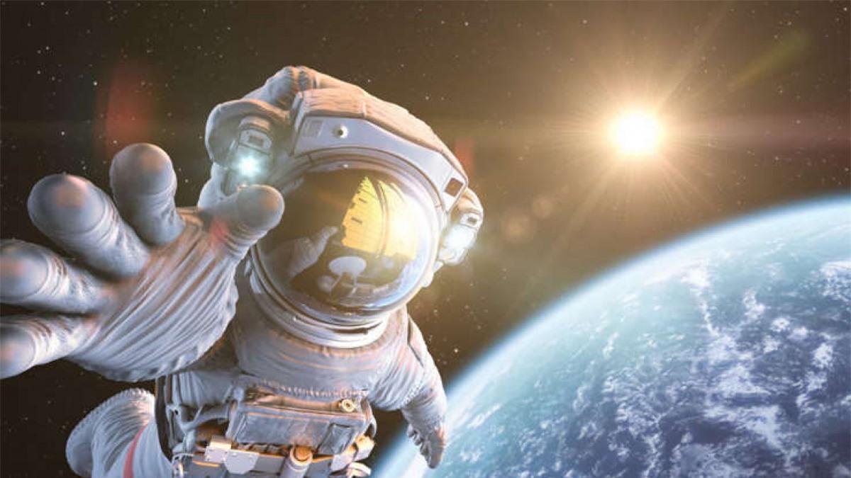 Thuyết Great Filter (tạm dịch là thuyết Sàng lọc): Giả thuyết này đề cập tới một sự kiện ngăn cản một nền văn minh đạt tới mức độ tiến bộ công nghệ cần thiết để du hành hoặc giao tiếp liên hành tinh. Theo đó, mỗi sinh vật, dù cho có phát triển như thế nào thì đến một lúc nào đó cũng sẽ thất bại và không thể trở thành một nền văn minh du hành vũ trụ.