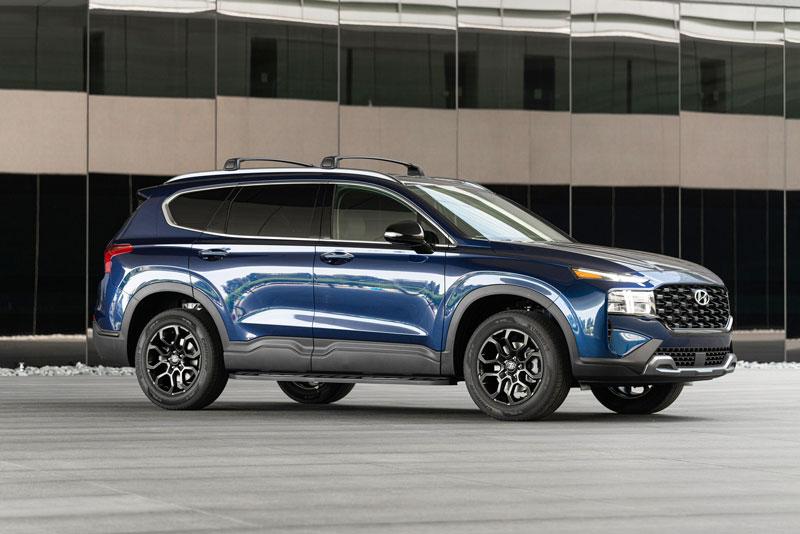 Hyundai Santa Fe 2022 có thêm phiên bản mới ấn tượng hơn, giá 741 triệu