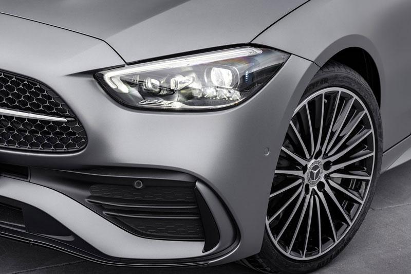 Khám phá công nghệ đèn Digital Light trên Mercedes-Benz C-Class 2022