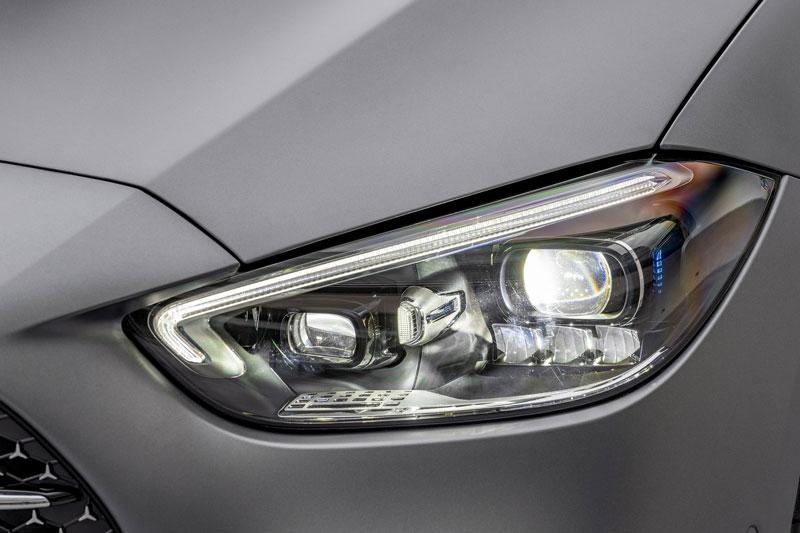 Đèn Digital Light trên Mercedes-Benz C-Class 2022.