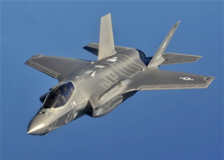 Không quân Mỹ kiệt quệ vì tiêm kích F-35, ngân sách tăng chóng mặt - 2
