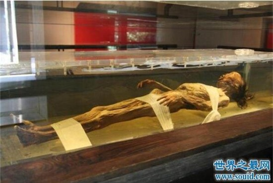 Vụ án đạo mộ chấn động: Xác chết cổ nhất Trung Quốc bị ném xuống mương, hung thủ bại lộ vì bức thư nặc danh! - Ảnh 7.