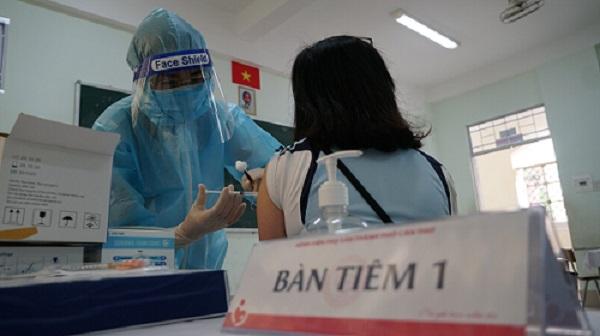 Hậu Giang - Cần Thơ thúc đẩy tiến độ tiêm vaccine COVID-19 cho người dân
