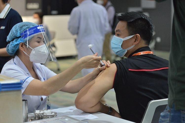 TP Hồ Chí Minh phải tiêm hết vaccine Pfizer, Moderna đã được cấp trước ngày 8/8/2021. (Ảnh: HCDC)